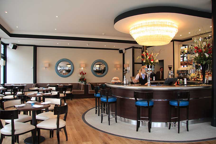 Beaufort-House-Brasserie-Chelsea-London-Bar-Interior-Design-1