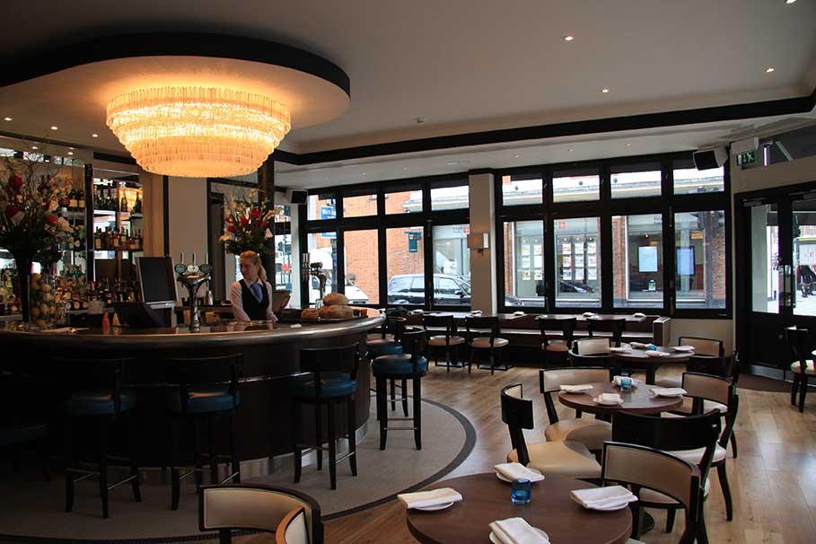 Beaufort-House-Brasserie-Chelsea-London-Bar-Interior-Design-8