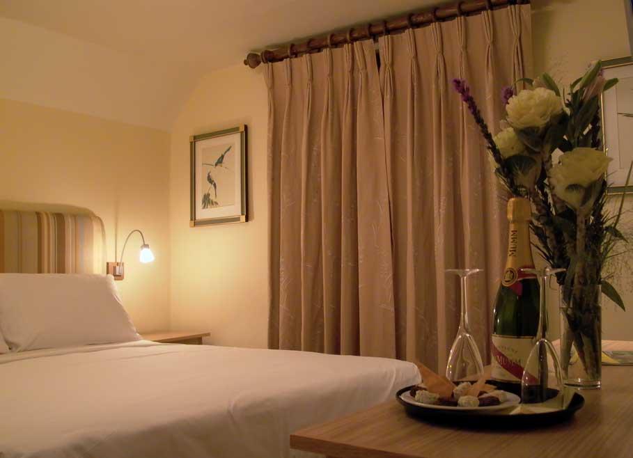 Carnarvon-Arms-Hotel-Newbury-Hotel-Interior-Design-3