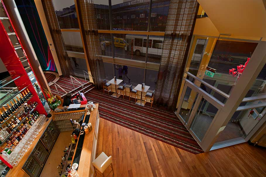 Genting-Club-Lounge-Derby-Bar-Interior-Design-2