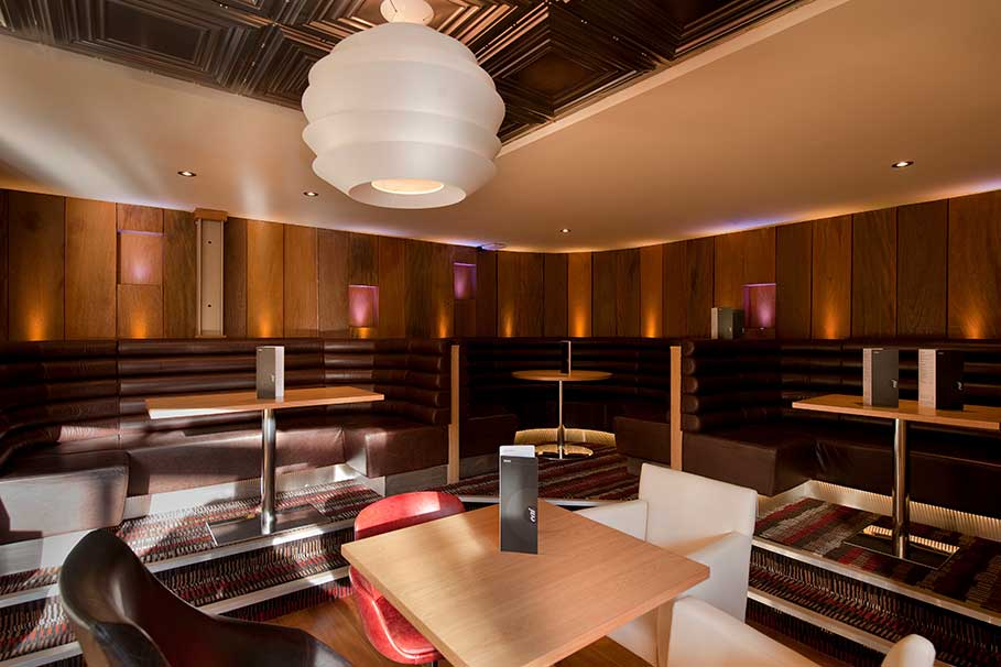 Genting-Club-Lounge-Derby-Bar-Interior-Design-3