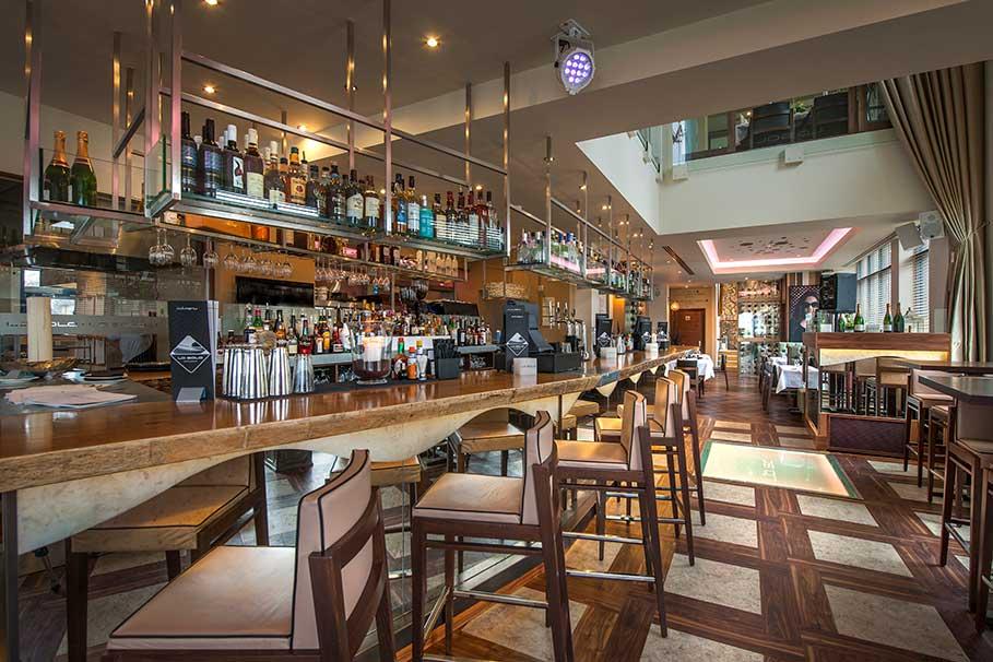 La-Sala-Chigwell-Restaurant-Interior-Design-3