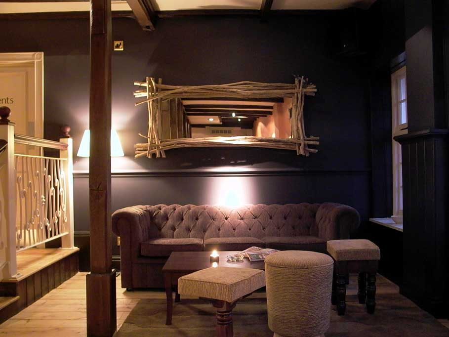 The-Firestone-Pub-and-Bar-Taunton-Bar-Interior-Design-2