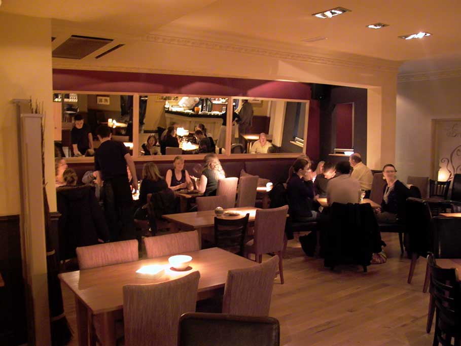 The-Firestone-Pub-and-Bar-Taunton-Bar-Interior-Design-5