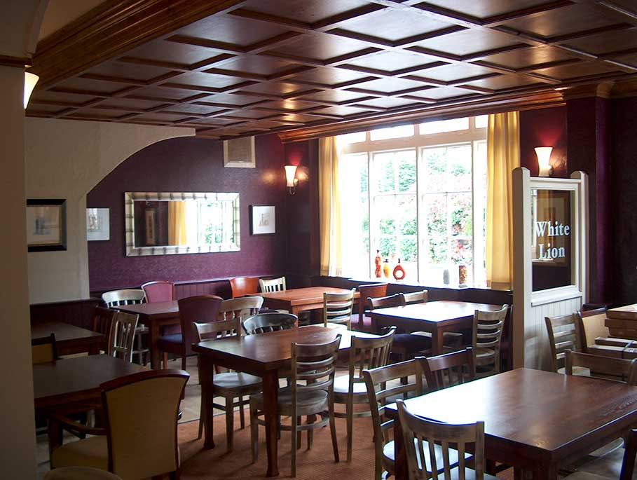 The-White-Lion-Pub-and-Bar-Bristol-Bar-Interior-Design-2