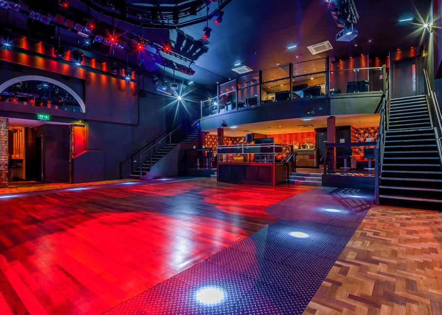 Atik-Edinburgh-Dancing-1