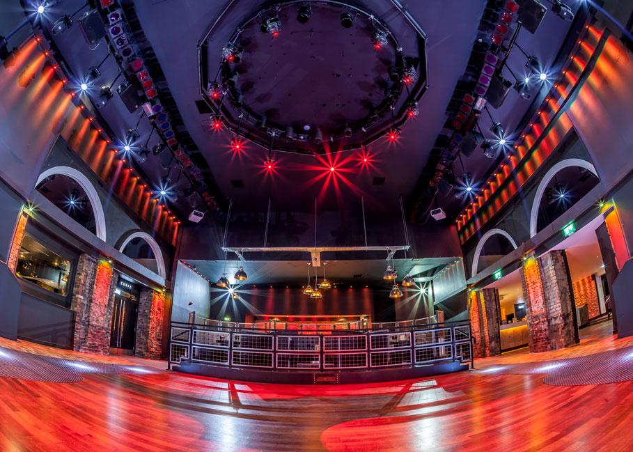 Atik-Edinburgh-Dancing-2