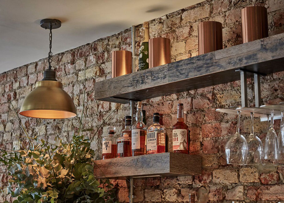 Brick-&-Liquor-Clapham-Drinking-3