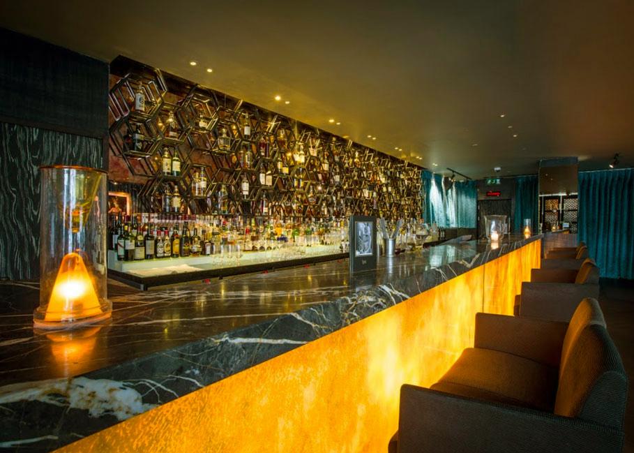 The-Tale-Bar-Mayfair-Drinking-1