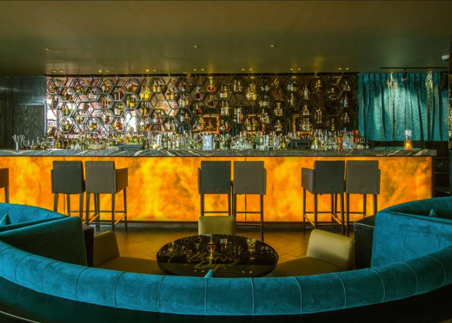 The-Tale-Bar-Mayfair-Drinking-2